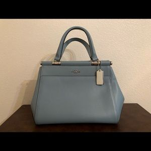 Brand new coach 100% authentic leather purse